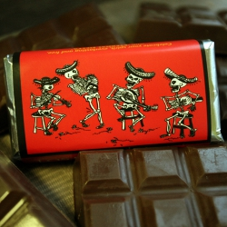 Day of the Dead Eternal Fiesta Dark Chocolate Red & Green Chile Bar-2 pack