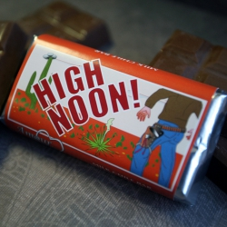 Amour High Noon Milk Chocolate Chile Bar-2 pack